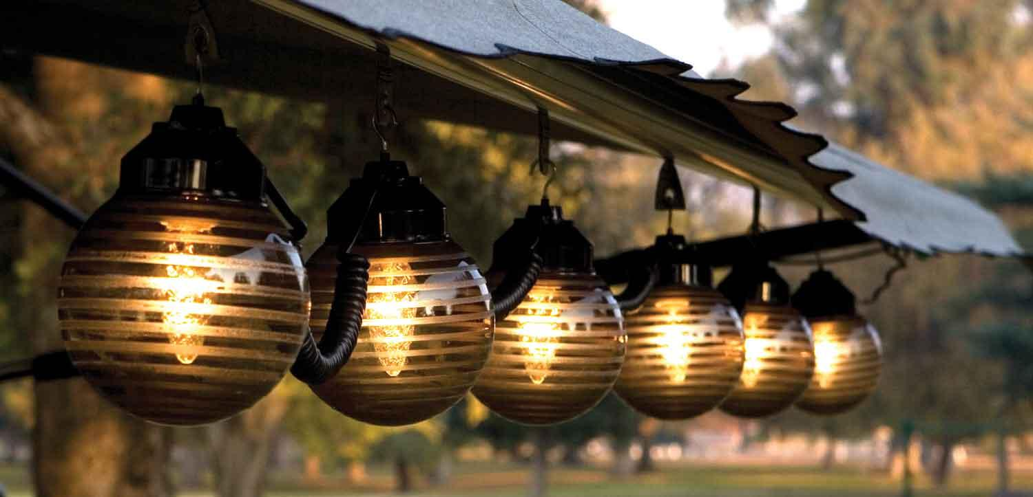 Patio lighting options ways to light up your patio - How to use lights to decorate your patio ...