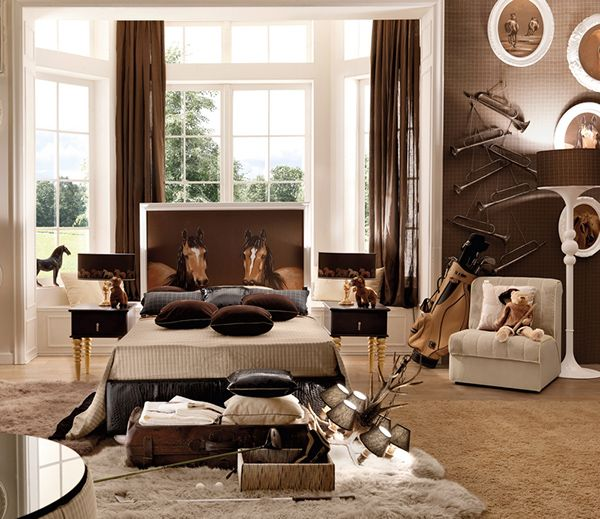 accessories for horse-themed bedroom