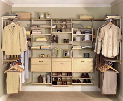 Wooden closet design