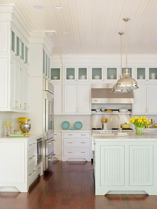 coastal beach house kitchen