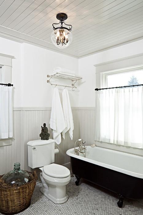 high ceiling bathroom