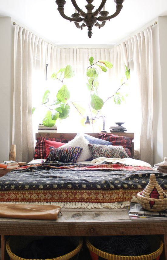 Moroccan Bedroom Theme For An Exotic Look