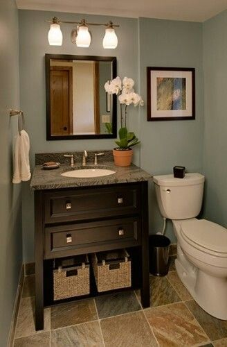 10 ways to make a small bathroom looks bigger - Half bath remodel ideas ...