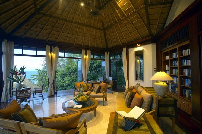 spacious island living room