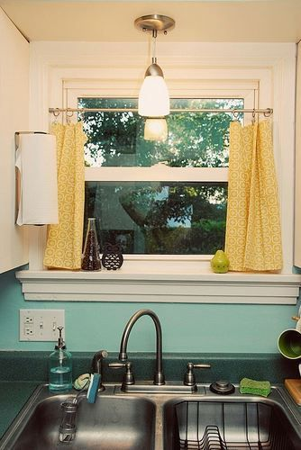 Top 3 Kitchen Curtain Ideas